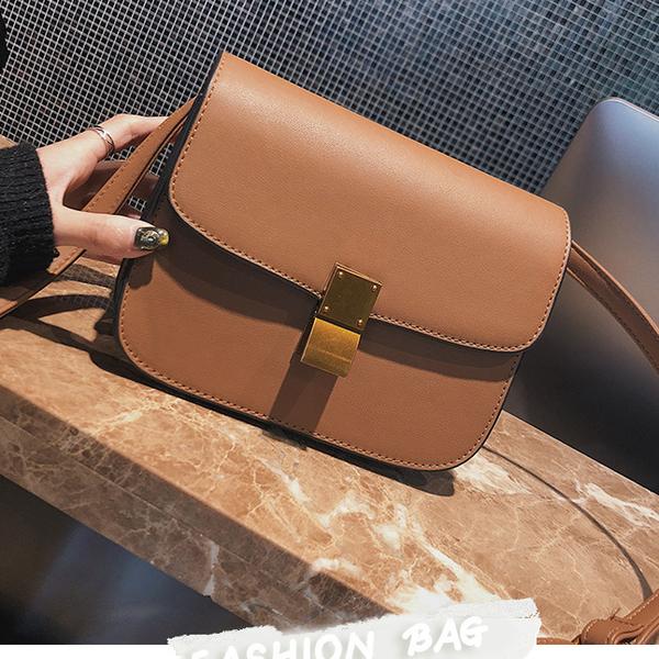 Fashion Easy Matching Metal Buckle Solid Bag